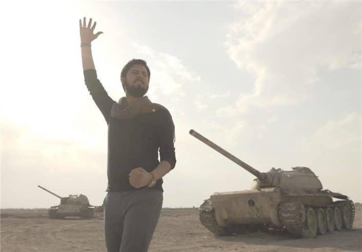 ضبط موزیک ویدیوی می کشیم از حامد زمانی در استودیو کروماکی فردا به کارگردان سید مهران علوی
